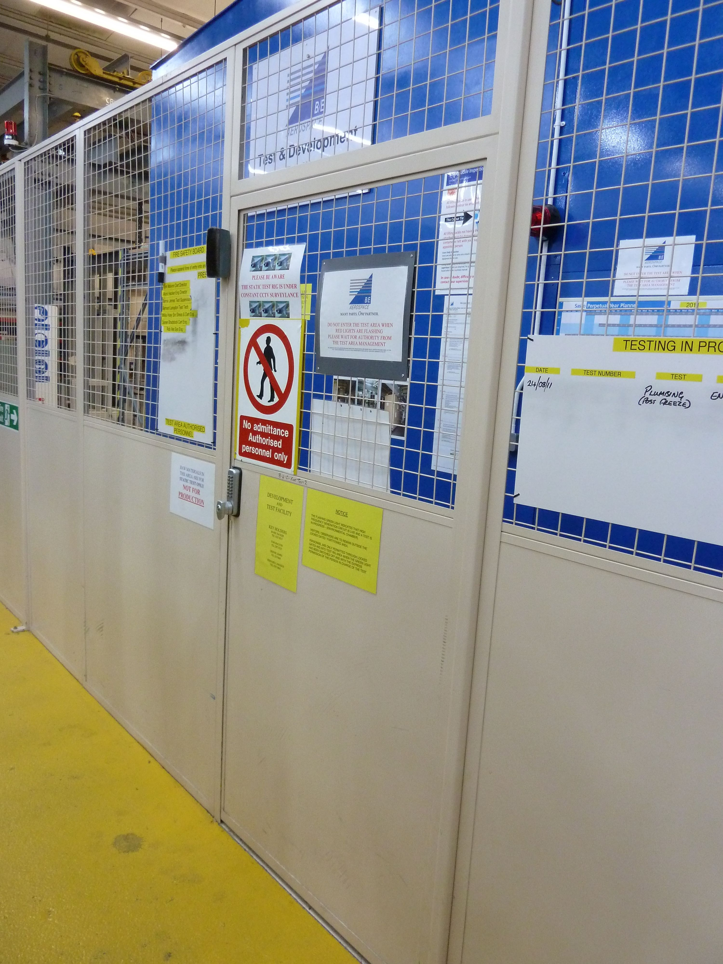 Metal mesh partitioning and safety gate