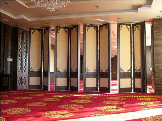 Oriental style movable partition walls