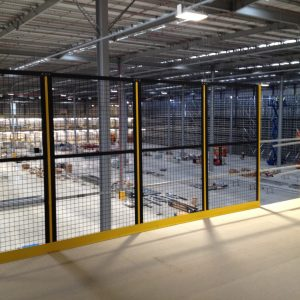 Installing safety fence on mezzanine platform