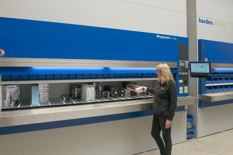 Shelving being filled on an Kardex machine
